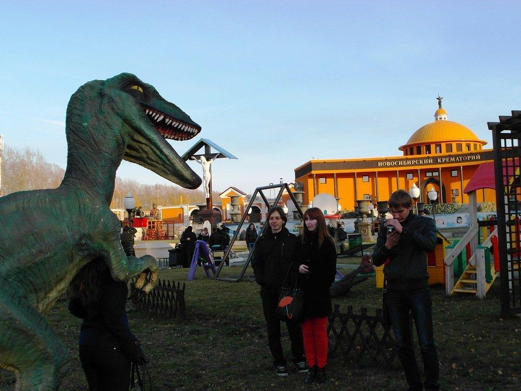 детская площадка в парке памяти