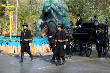 похороны на карете