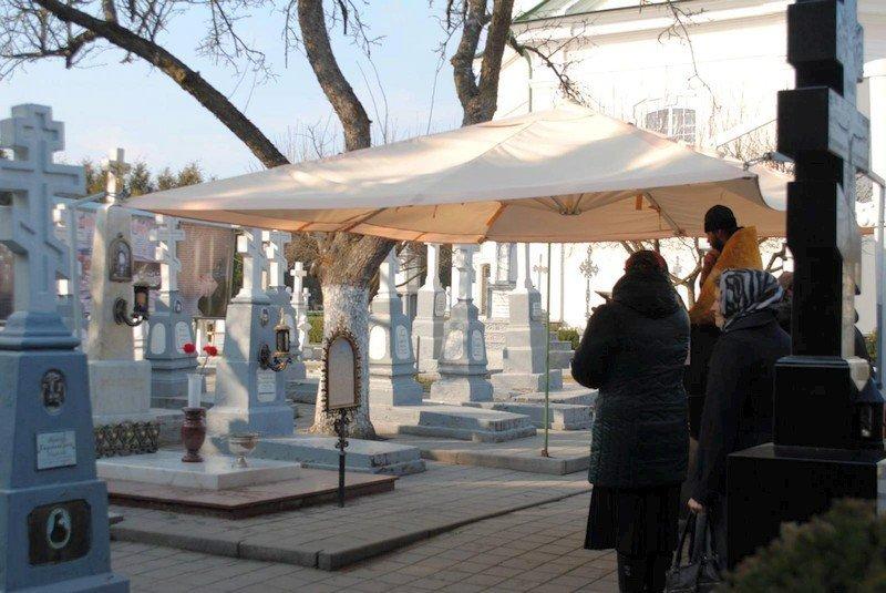 кладбище великий пост