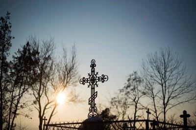 Как вести себя на кладбище христианину
