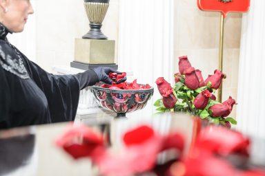 церемония-лепестки-роз1