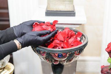 церемония-лепестки-роз2